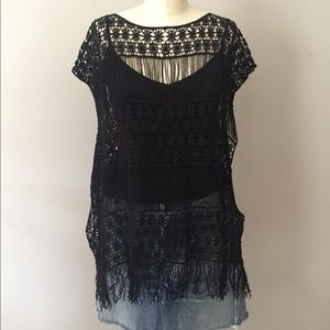 Tops - Crochet top with fringe